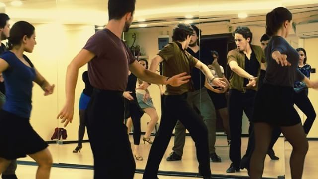 Sportif Latin Yapınız. @tahabatucosar @ttdans #dans #danskursu #dansokulu #dance #sportiflatin #latindans #latin #latindance #dance #wdsf #pasodoble #grouplesson #dancesport #ballroomlatin #ballroomdance #dancer #istanbul #art #event #wdc #sanat http://turkrazzi.com/ipost/1516158129766089015/?code=BUKeck8B0E3