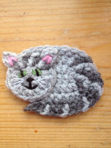 Crafts:Crocheting and Knitting:Other Crocheting and Knitting - Hand Crochet Pet Cat Applique Motif Embellish. similar to mog Continue reading �