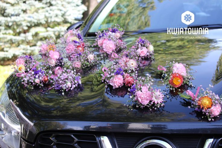 #kwiatownia #kwiaty  #car #decor #decoration #weeding #flowers #bouquet #bridal #bride #bridesmaid #wreath # flowerdesign #weedingday #art #instaflowers #instagood #facebook #natural #love #kompozycja #tabledeco #table