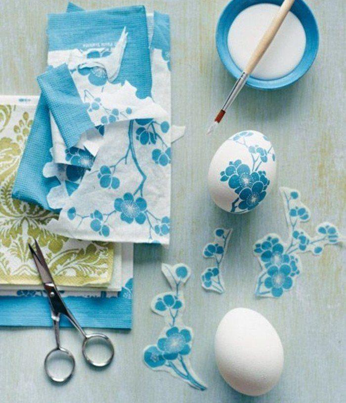 deco paques fantastique, collage de serviette sur des œuf blancs, décorations à motifs printaniers