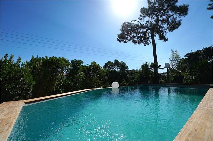 A la recherche d'une maison à l'approche du beau temps ? Cette maison est idéale pour vous !     Chez Capifrance, à vendre à Lege Cap Ferret, maison de plage de 100 m².    Plus d'infos > Thomas Darnauzan, conseiller immobilier Capifrance.