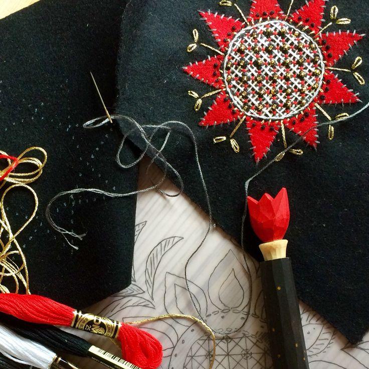 The beginning of a Tea pot warmer #embroidery #broderi