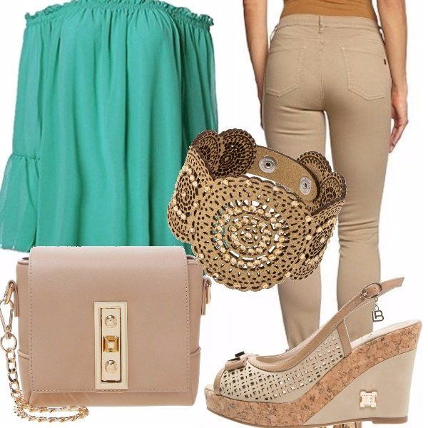 Pantaloni skinny beige, abito in chiffon verde acqua per mettere in risalto le curve, sandali con zeppa e borsetta a tracolla beige. Un outfit elegante e glamour, adatto al giorno ma anche alla sera!