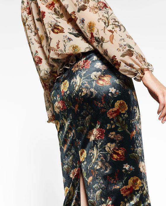 Image 2 of VELVET PENCIL SKIRT from Zara