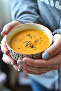 Simple comme une crème de carottes aux abricots secs