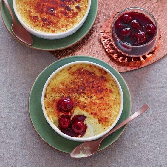 final: marzipan creme brulee mit gewürzkirschen