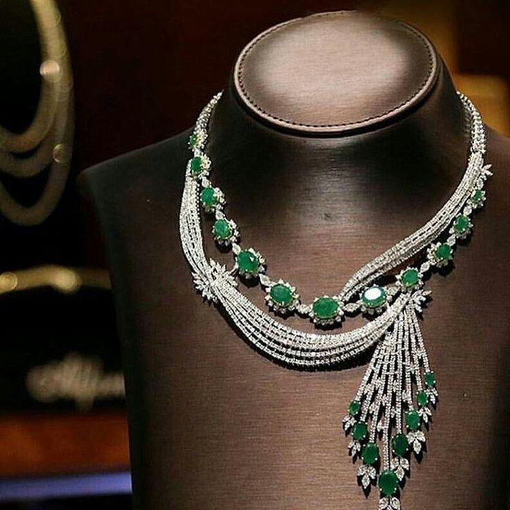 Instagram photo by @jewelryblogram Amazing #emerald and #diamonds #necklace by @alfaresjewellery - Via @diamonds.ksa
