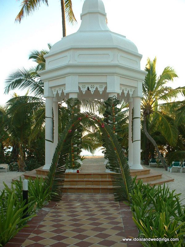 RIU Palace Punta Cana PuntaCana Weddinggazebo