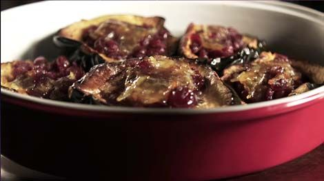 acorn squash stuffed with cranberries...delicious and perfect for thanksgiving!