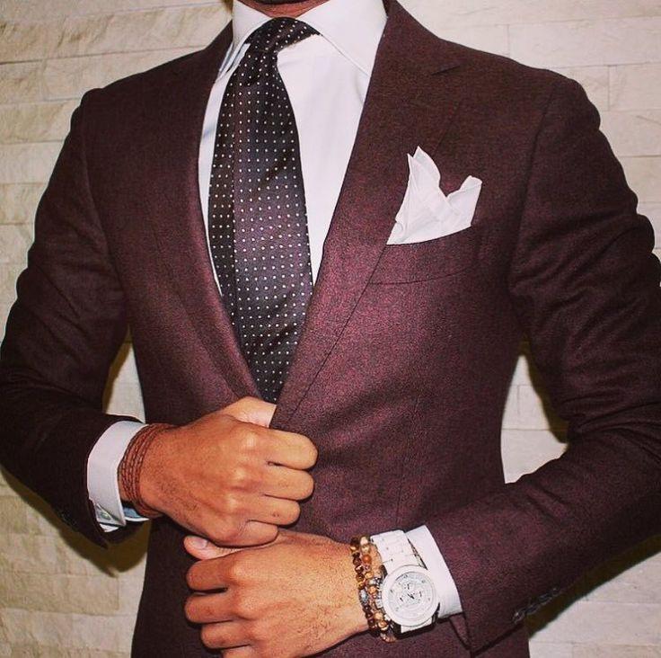 Know first who you are and then adorn yourself accordingly ______________________________ #thessaloniki #ig_thessaloniki #skg #dk #mensfootwear #mensstreetstyle #watchanish #dailywatch #mensstyle #adidas #premierleague #menswear #pittiuomo #gentleman #mensfashion #ralphlauren #beautifuldestinations #hermes #fashionblogger #classy #mensfashionpost #menstyle #dapper #mensclass #nike #yeezy #threestripes #whatiwore #saintlaurent #kicksonfire    #dk #kyrtopoulos #dimitris