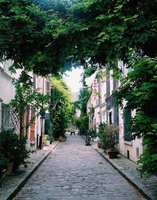 Rue Des Thermopiles | Gorgeous views of Paris | Travel