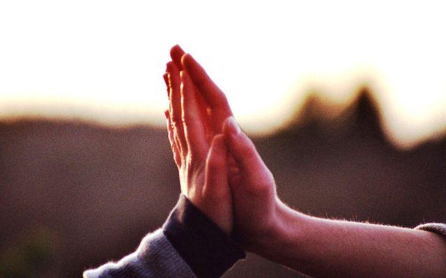 Az érintés fontossága – 4 ok arra, hogy gyakrabban érintsük meg egymást | Filantropikum.com