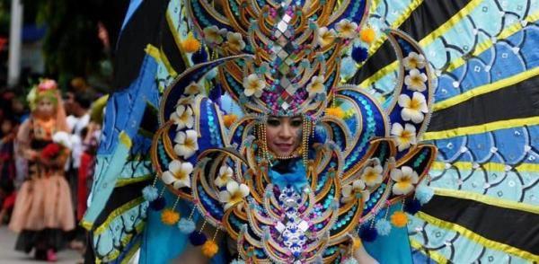 Jember Fashion Carnaval Meriahkan Peringatan HUT RI