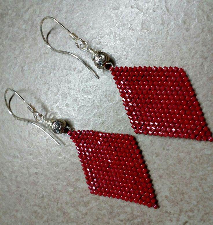 #287 Σκουλαρίκια πλεγμένα με χάντρες /  Seed bead earrings with silver hooks