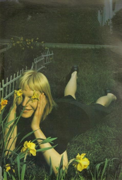 Hahhhh.... this was me as a child.  Always laying in the grass or up a tree talking to flowers bugs and the sky :).  Mario Sorrenti for W magazine (1998)