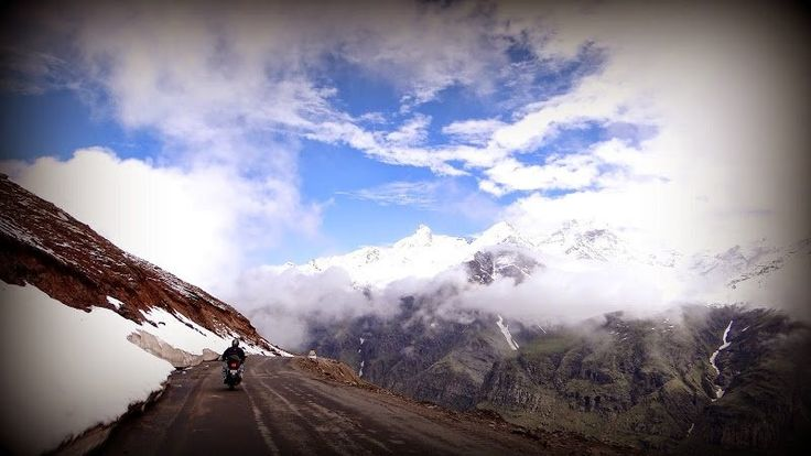 manali-leh-highway-india