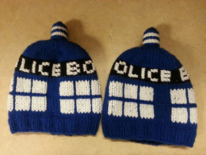 Knitting Pattern For Tardis Socks : 17 Best images about Knitting is Cool! on Pinterest Free pattern, Ravelry a...