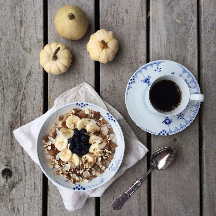Blue Elements breakfast. Photo by @_mariannejacobsen_ on Instagram