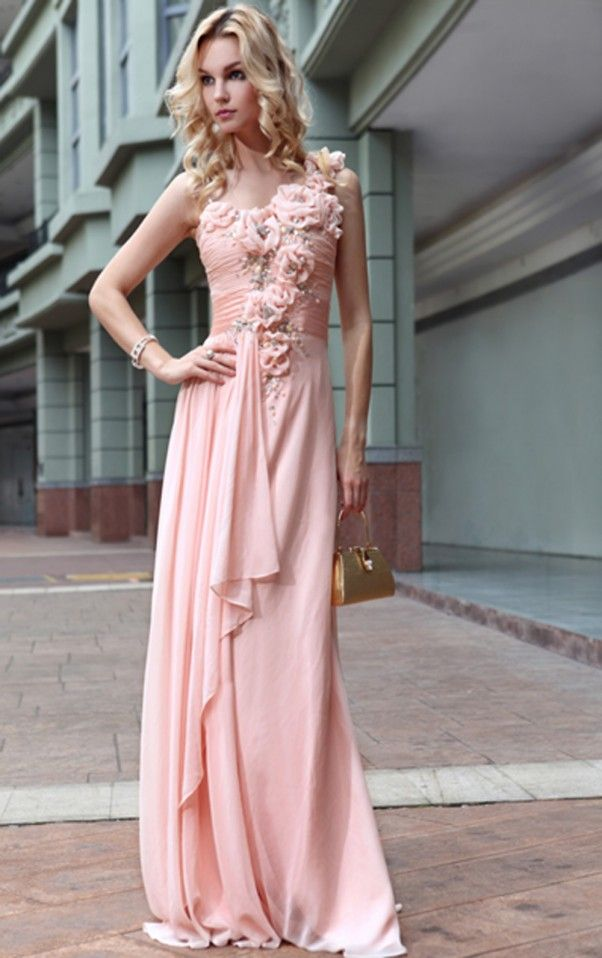 38 best Ball Gowns & Shoes images on Pinterest | Gown, Ball dresses ...