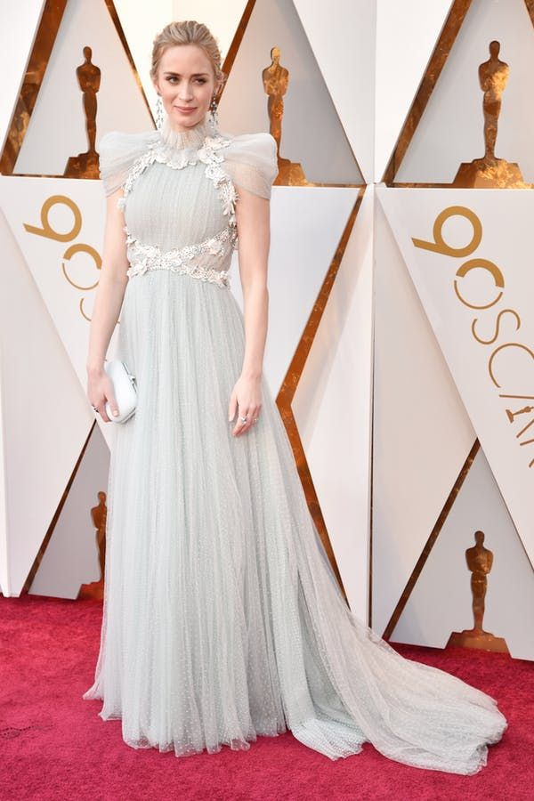 Oscars red carpet dresses