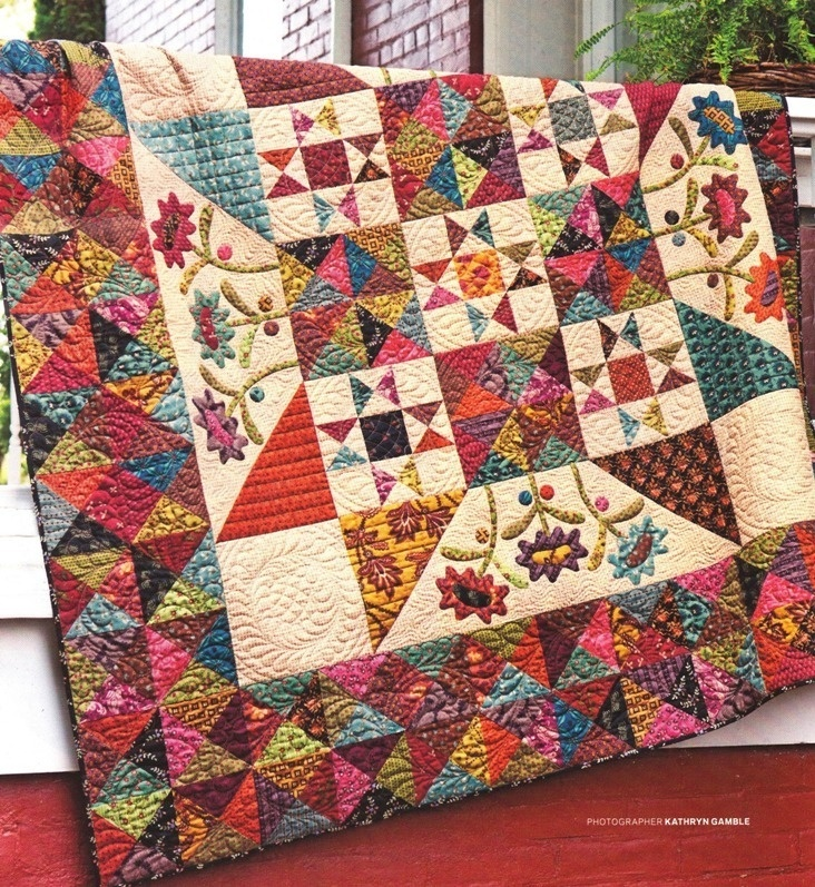 Latebloom: love the applique. The applique would look good in a Debby Maddy Carpenter's Star too. Whimsical.