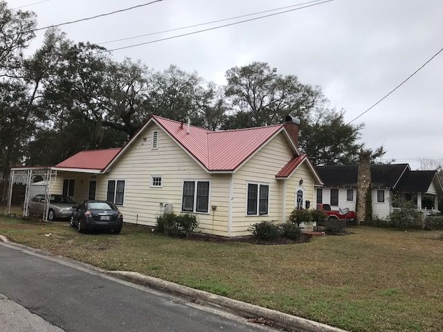 Certified Roofing Solutions In Ocala Fl Provides Complete Roof Repair And New Roof Installation Services In Panama City With Images Roofing Roof Repair Roof Installation