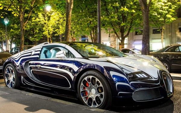 Rare $2,500,000 Porcelain L'Or Blanc edition Bugatti Veyron Spotted in Paris: Veyron Lor, First Cars, Grand Sports, Sports Lor, Bugatti Veyron, L Or Blanc, Sexy Cars, Bugattiveyron, Lor Blanc