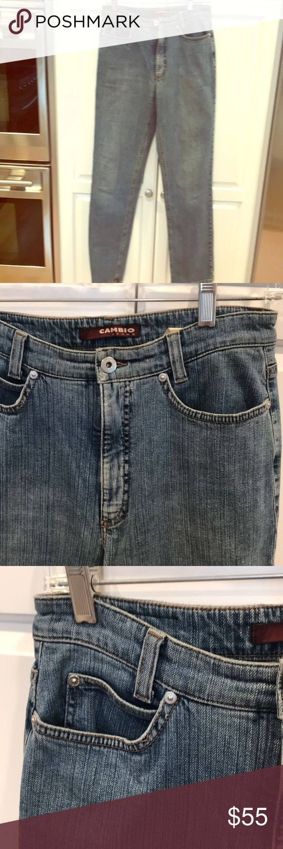 Cambio jeans. Stone washed blue. Stretch. Size 8 Cambio jeans. Stone washed jeans. Sharon cut. 5 pocket front zipper. Stretch. Size 8 Cambio jeans Jeans Straight Leg