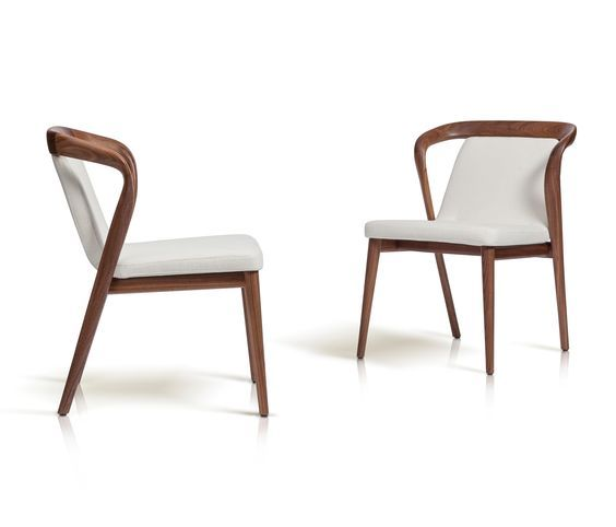 Marconato Maurizio & Terry Zappa sign a stylish armchair where the massive wood is worked in a craft way. Pure and original lines underlines the..