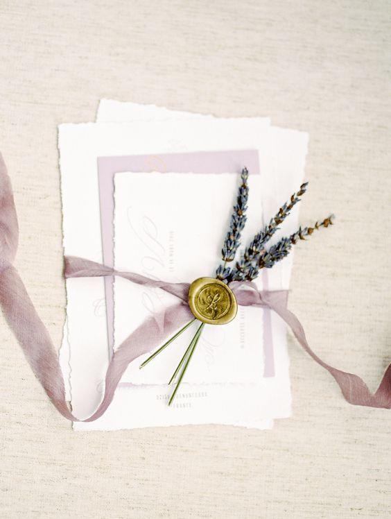 {CORES} LAVANDA/LILÁS – Once Upon a Time…a Wedding. colors lila mauve mariage casamento wedding violet lavande lilás couleurs lavender grey wedding stationery estacionário faire-part