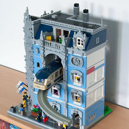 ~ Lego MOCs City ~ Monorail passthrough 2 | by cimddwc