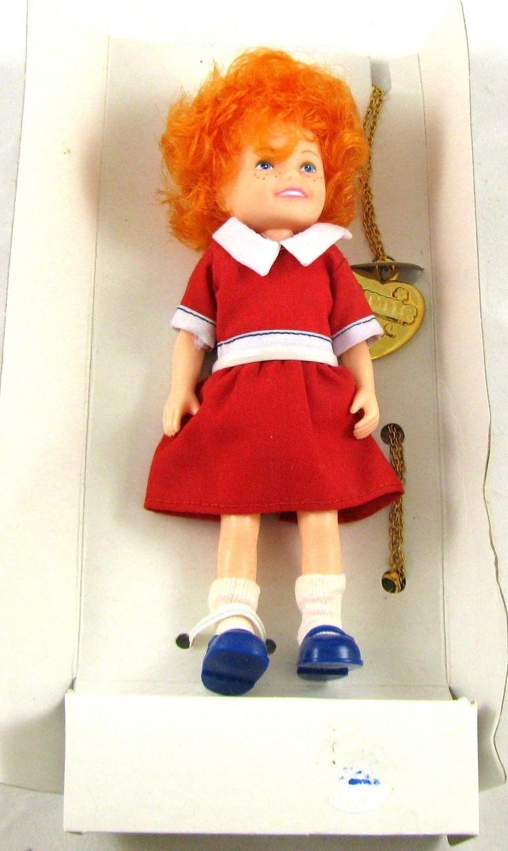 Small Toy Dolls : Little orphan annie knickerbocker doll locket vintage