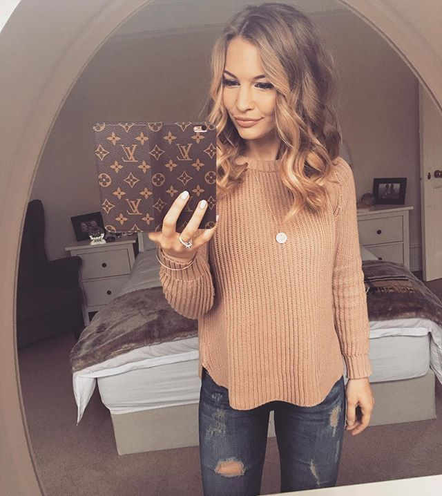 Anna Saccone @annasaccone Feeling rosy ✨We...Instagram photo | Websta (Webstagram)