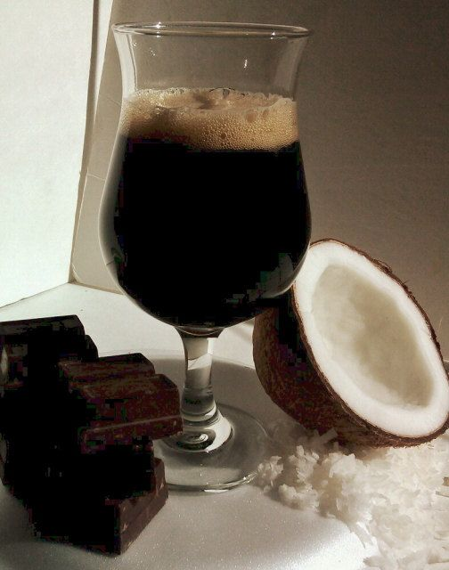 Chocolate Coconut Porter Beer Recipe 1 Gallon Hop Hero by HopHero>>>>>> Phillips perfect beer! chocolate, Coconut and an M'Fin Porter to top it off!