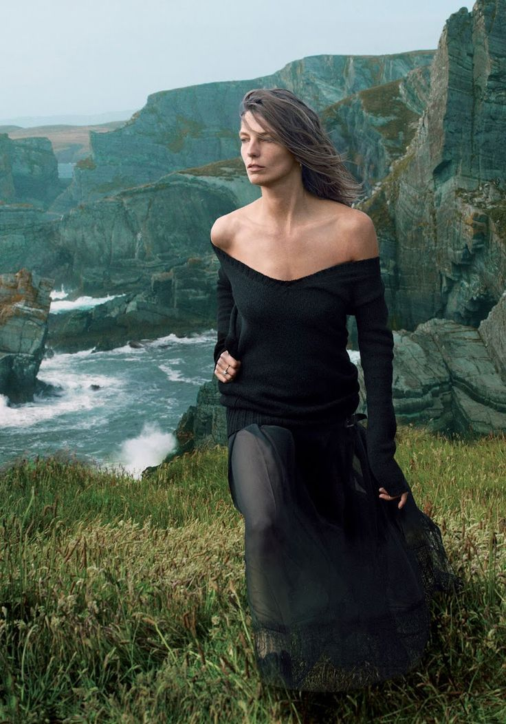 Daria Werbowy ; by Annie Leibovitz for Vogue, September 2013