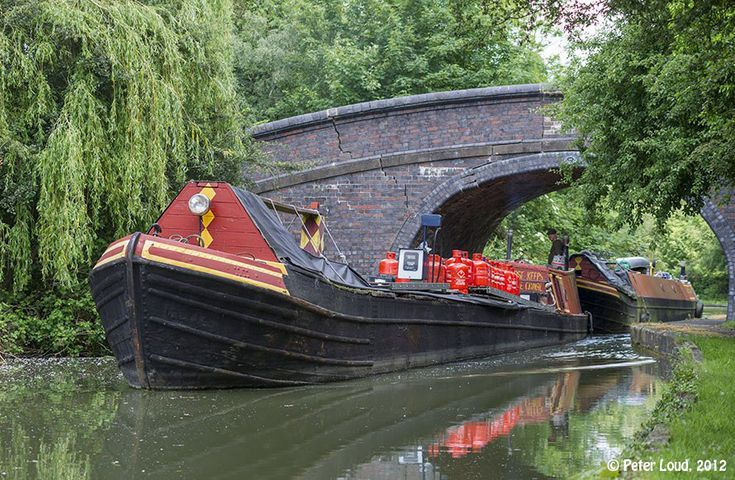 Don't know where this canal boat was taken. But it can't be anywhere but England or at least somewhere the UK.