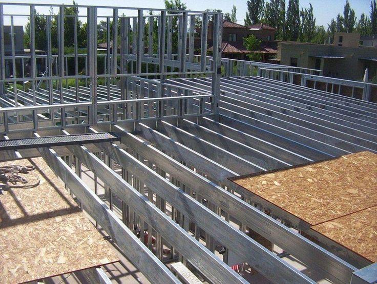 Vivienda Unifamiliar en Mendoza. Desde la ingeniería al final de la obra. Consul Steel te ayuda a optimizar la gestión de recursos de materiales y de mano de obra, desarrollando el soporte técnico fundamental en la etapa de construcción.