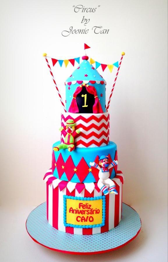 Circus Cake - cake baking and sugarcraft supplies @Wedding Acrylics www.weddingacrylics.co.uk :)