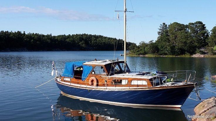 Nyt myynnissä Family cruiser moottorivene - Helsinki, Uusimaa. Klikkaa tästä kuvat ja lisätiedot.