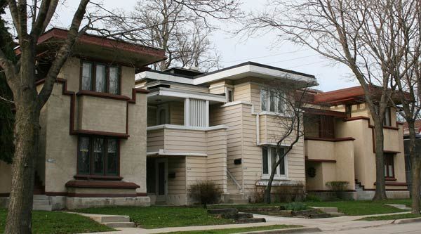 Фрэнк Ллойд Райт (Frank Lloyd Wright): Arthur L. Richards Duplex Apartments, Milwaukee, Wisconsin («Американские дома» по заказу «Richards Company» (ARCS), Милуоки, Висконсин), 1915—1916