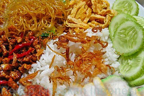 resep cara membuat nasi uduk lengkap dengan sambalnya. Ikuti petunjuk lengkap cara membuat nasi uduk yang mudah, sederhana dan komplit - Resep Masakan Indonesia - Indonesian Food Recipes - Indonesian cuisine