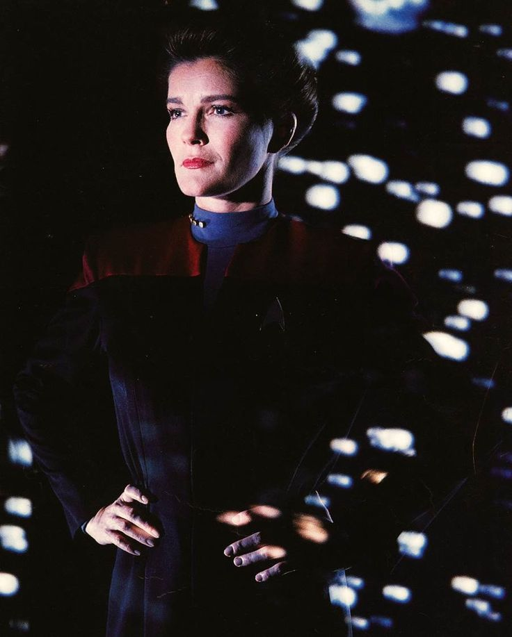 17 best images about kate mulgrew on pinterest lorraine for Mirror janeway