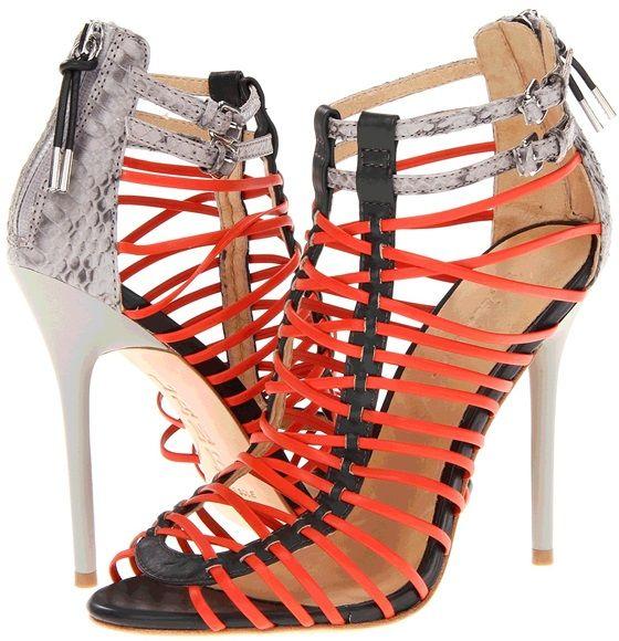 Sandra Bullock vs. Natalie Dormer — Who Wore The Hottest Shoes?