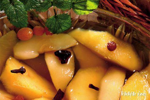 Részeges almás körtekompót - Vidék Íze