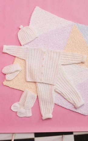 Vauvan lapaset, sukat, neuletakki, housut, myssy, pitsikuvio