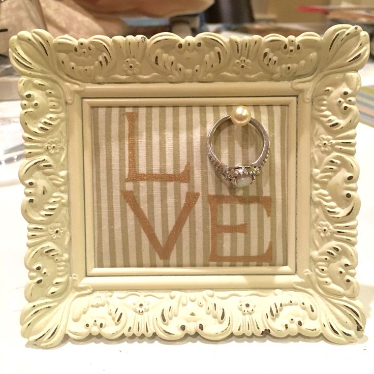 DIY Wedding ring holder - frame