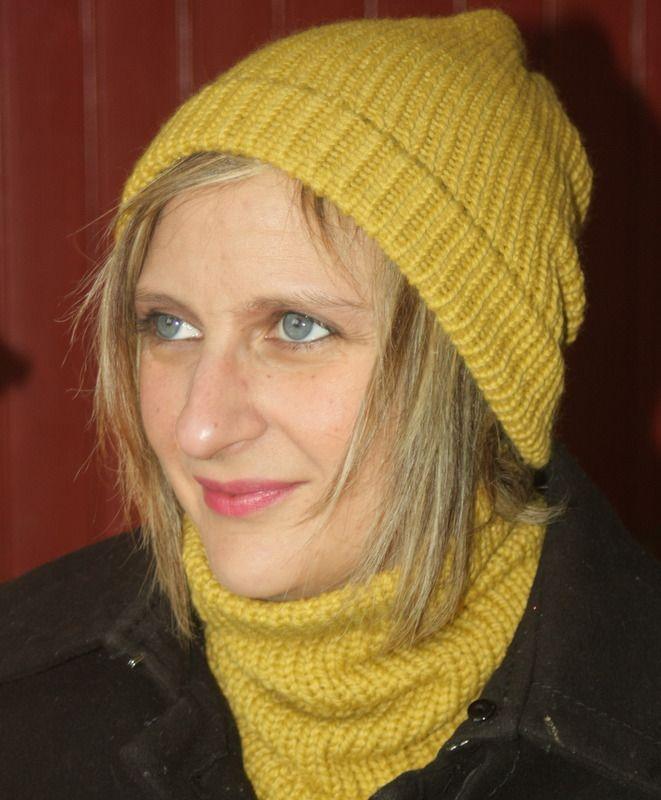 Ensemble tour de cou et bonnet moutarde en laine : Echarpe, foulard, cravate par magalie-tissot-creations
