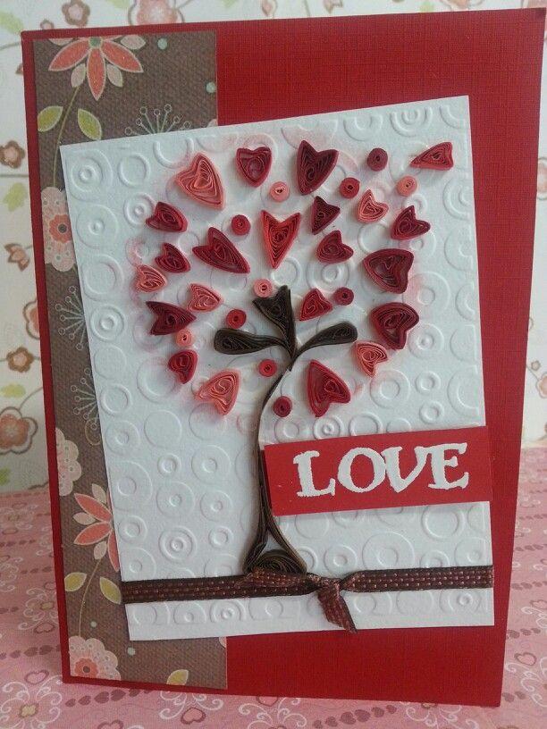 Tarjeta Love de filigrana de papel.