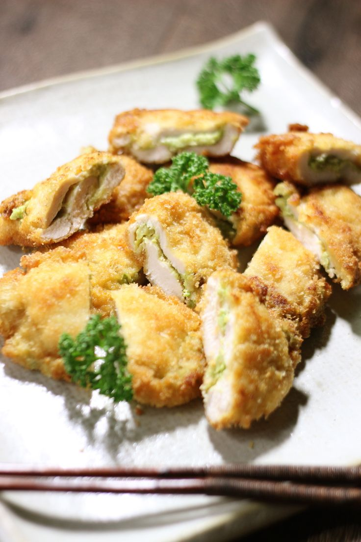 アボカド×鶏胸肉の人気料理・レシピランキング | Nadia 鶏胸肉のアボ明太子サンド揚げ焼き