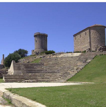 Sito archeologico di Velia -  Parco Nazionale del Cilento e Vallo di Diano  con i siti archeologici di Paestum e Velia, e la Certosa di Padula - dal 1998 Patrimonio dell'Umanità